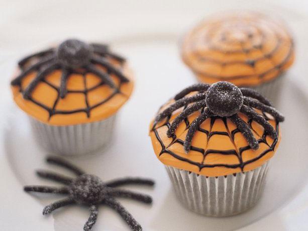 Halloween spinnencupcakes